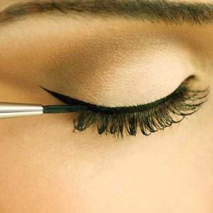 P375 Stylist Eyeliner Brush