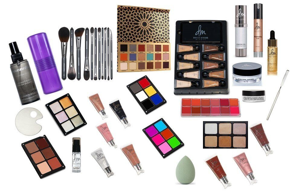 Diploma of Screen & Media - Beauty Kit